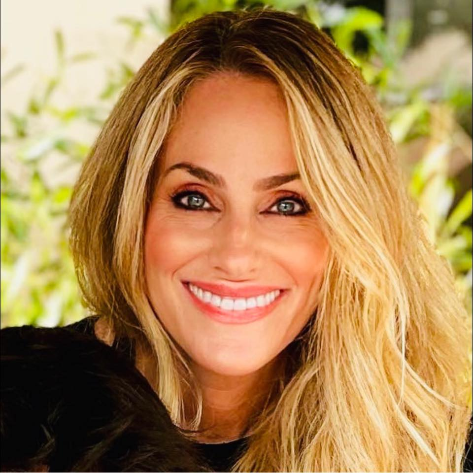 Julie Pedraza - Design, Style, Healthy Living